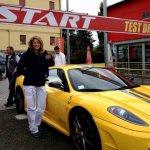 Eleonora hostess a Maranello per San Benedetto